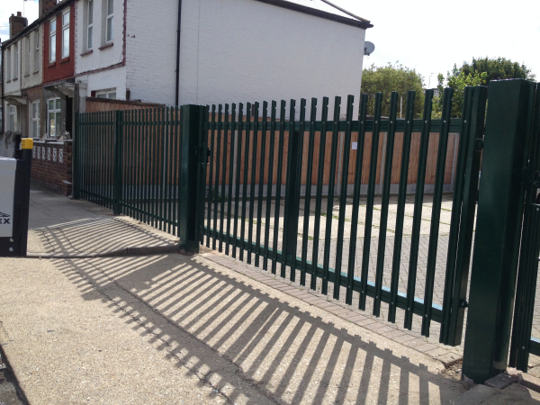 Palisade Fencing Newham London