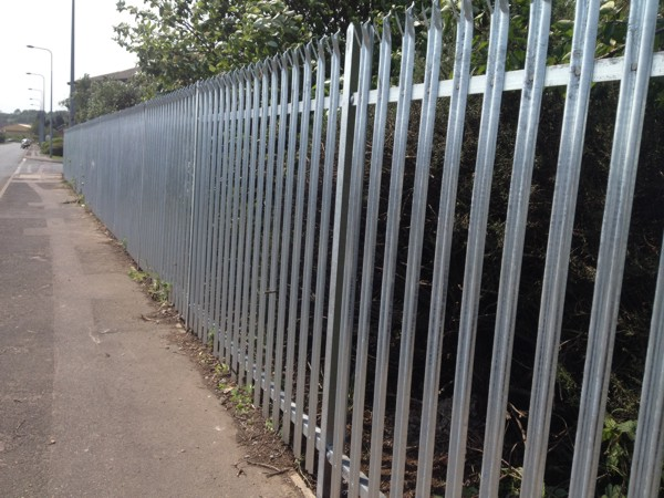 Palisade Fencing Rochester Kent
