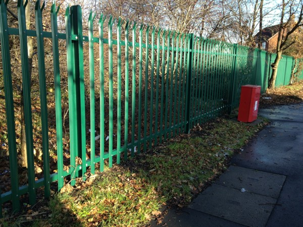 Palisade Fencing West Horndon Green 6005
