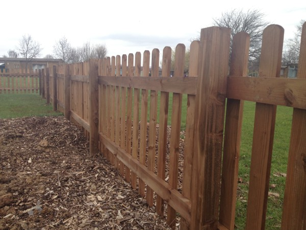 Timber Picket Fencing And Gates Supplied Or Supplied And Fitted In Essex London Kent
